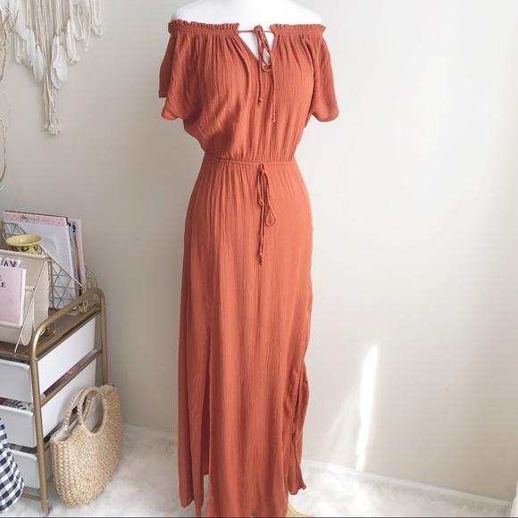 H&M Dresses & Skirts - H&M Burnt orange Maxi Dress